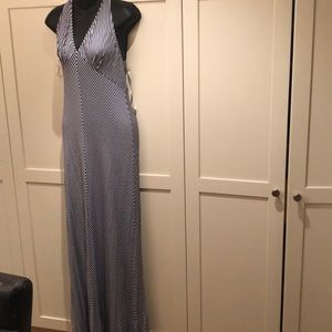 Ella Moss dress size m with pearls on back